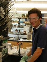 Fulbright awardee Dan Griffith '07 in the lab.