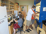 Student researchers in the lab.