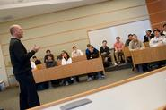 Rich Bernstein '80 addresses Hamilton economics classes.