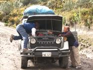 Edgar deals with the breakdown of the 31-year-old Land Cruiser.