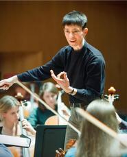 Heather Buchman conducts the Hamilton College Orchestra.
