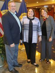L-R: Univ. of Oregon's Jim Rawlins, Univ. of Richmond's Stephanie Dupaul and Monica Inzer at the National Press Club
