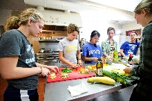 XA students cook dinner together at Westminster Church in Utica, N.Y.<br />Photo: Nancy L Ford