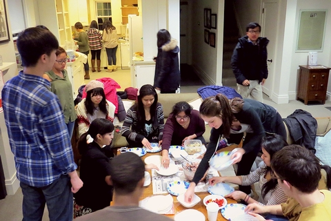 Hamilton American-Chinese Exchange - Make Your Own Spring Roll event.