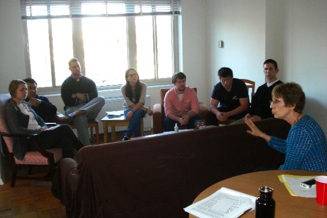 D.C. Program Students Meet with Ambassador Prudence Bushnell
