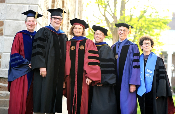 Seven Faculty Members Receive Dean's Scholarly Achievement Awards