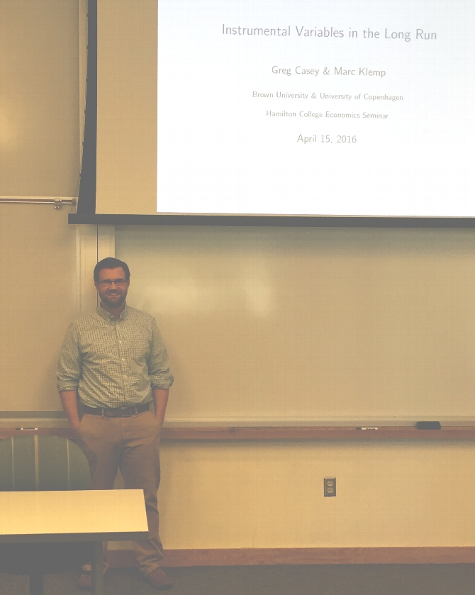 Casey '09 Presents at Hamilton-Colgate Economics Seminar