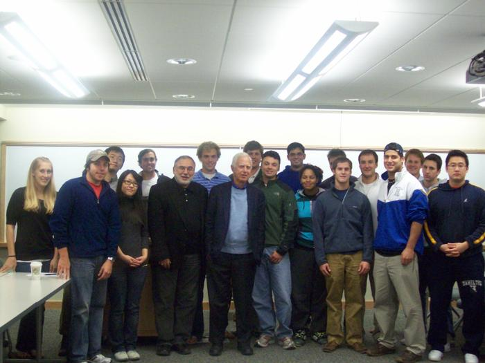 Former SEC Chairman Arthur Levitt P'81 addressed Erol Balkan's international finance class. PHOTO: BY PAULINE CAPUTI
