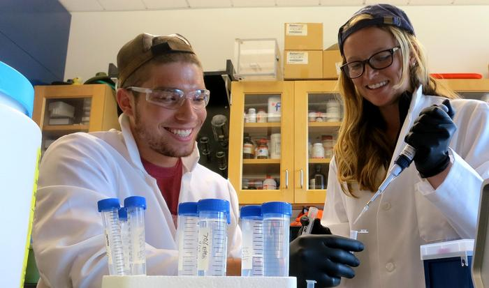 Niko Wagner '14 and Ashley Perritt in the lab.