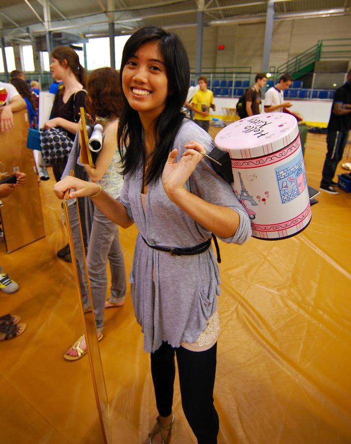 The sale offered all types of necessities. PHOTO: ALL PHOTOS BY DAVID SCHWARTZ '13