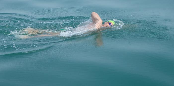 David Dammerman '91 swimming the English Channel