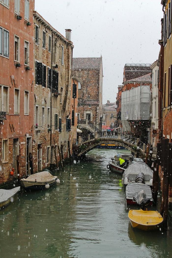 Snow in Venice. PHOTO: BY ANDREA WROBEL '13