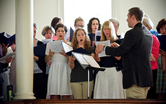 Todd Monsell leads the Reunion Choir. PHOTO: BY NANCY FORD