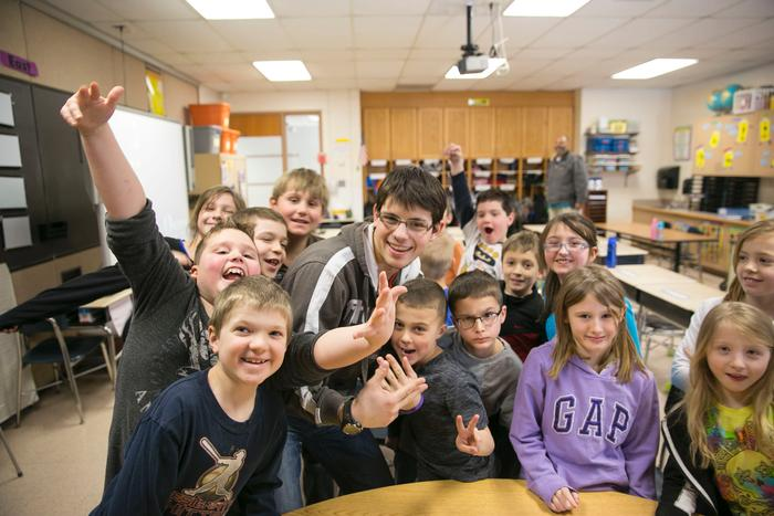Alexandru Hirsu '17 with the third graders.