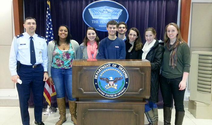 Students in the Hamilton Program in Washington toured the Pentagon with Lt. Col. Eric Hannis '90.