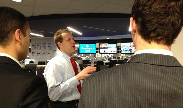 Erik Wemple '86 shows Levitt Leaders around at the Washington Post.