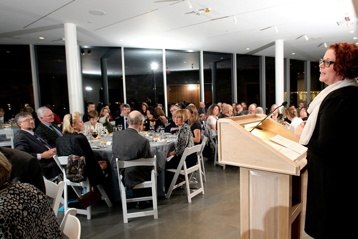 Art Professor Rebecca Murtaugh speaks at the donor recognition dinner.<br />Photo: Nancy L. Ford
