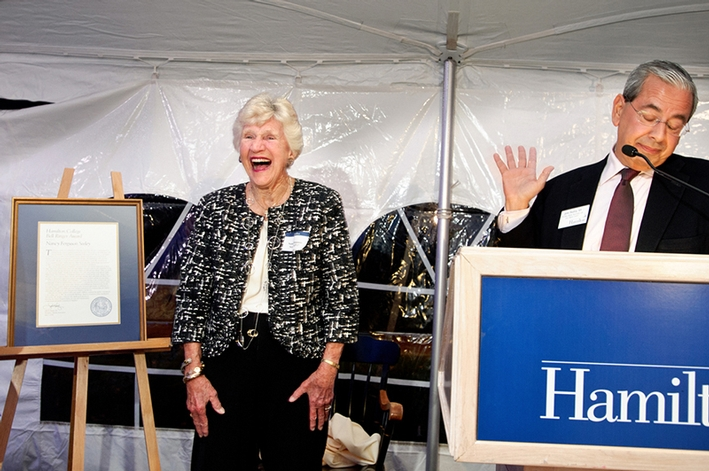 Bell Ringer Award recipient Nancy Ferguson Seeley GP&apos;17 laughs during remarks by Alumni President John Hadity &apos;83.<br />Photo: Nancy L. Ford