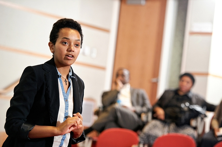 Tsion Tesfaye &apos;16 talks about her plans to help those from her native Ethiopia during a discussion of the Transformational Leadership and Social Innovation Program.<br />Photo: Nancy L. Ford