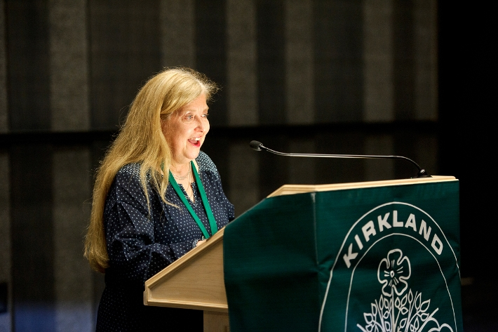 Jo Pitkin K&apos;78 reads from &lt;em&gt;Lost Orchard: Prose and Poetry from the Kirkland College&lt;/em&gt;.<br />Photo: Rebecca G. Turner