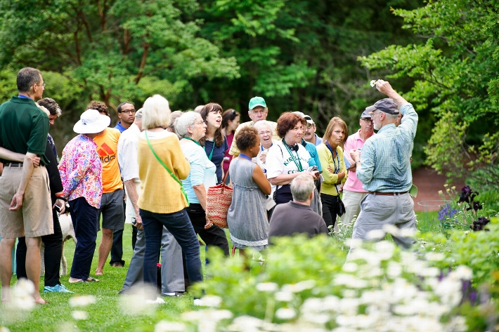 Ernest Williams, the William R. Kenan Professor of Biology Emeritus, leads a nature walk in the Root Glen.<br />Photo: Nancy L. Ford