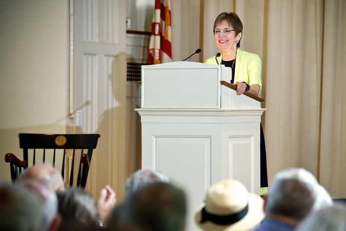 President Joan Hinde Stewart speaks at the annual meeting of the Alumni Association.<br />Photo: Nancy L. Ford