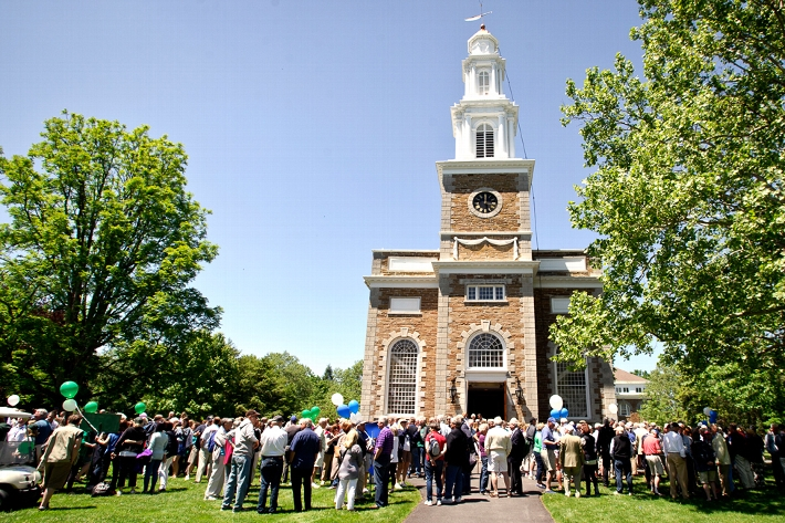 Alumni gather outside the Chapel before the Reunions &apos;15 parade.<br />Photo: Rebecca G. Turner