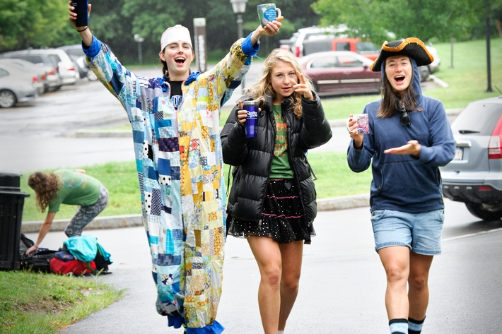 From left to right, Ianthe Lekometros &apos;16, Helina Loft &apos;15 and Jane Barnard &apos;13 have some fun in front of Major Residence Hall.<br />Photo: Rebecca L. Sheets