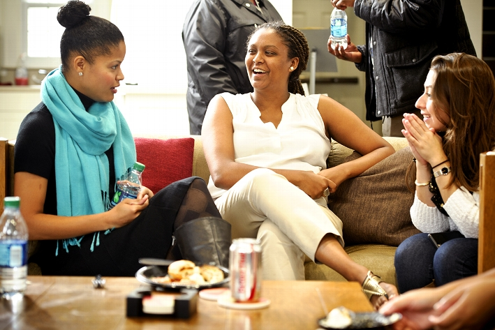 From left to right, Jatnna P Amador &apos;11, Naomi Tsegaye &apos;16 and Stephanie Tafur &apos;10 chat during a Multicultural Alumni Relations Committee (MARC) lunch with student leaders at the Days-Massolo Center.<br />Photo: Nancy L. Ford