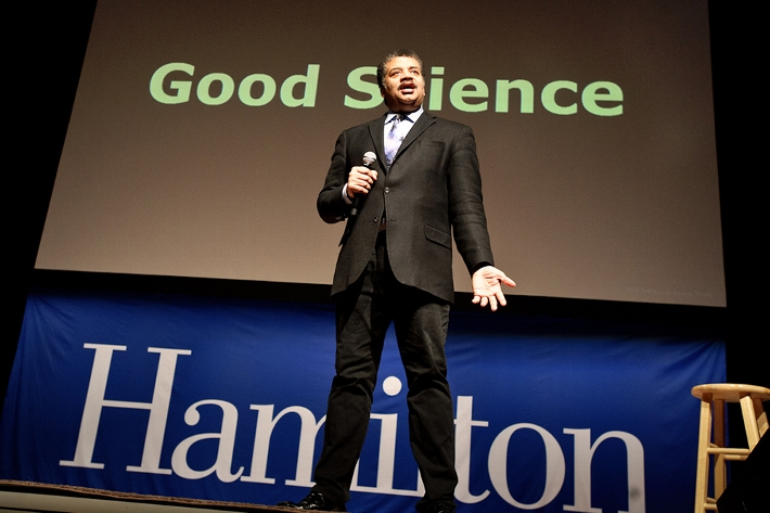 Tyson gave examples of Good Science and Bad Science during his presentation.<br />Photo: Nancy L. Ford