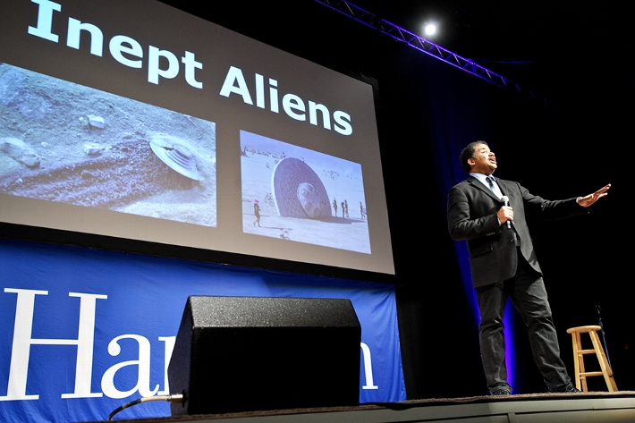 He also joked about inept aliens.<br />Photo: Nancy L. Ford