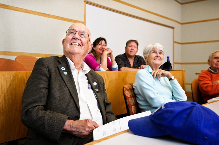 Gill Adams &apos;45 enjoys the Alumni College: How Can a Yankee Lead the Rise of the New South College.<br />Photo: Rebecca L. Sheets