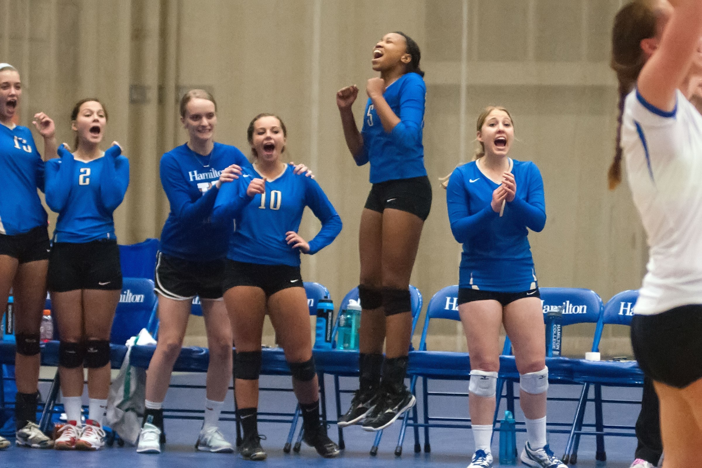 Volleyball beats Utica for 12th win - Hamilton College