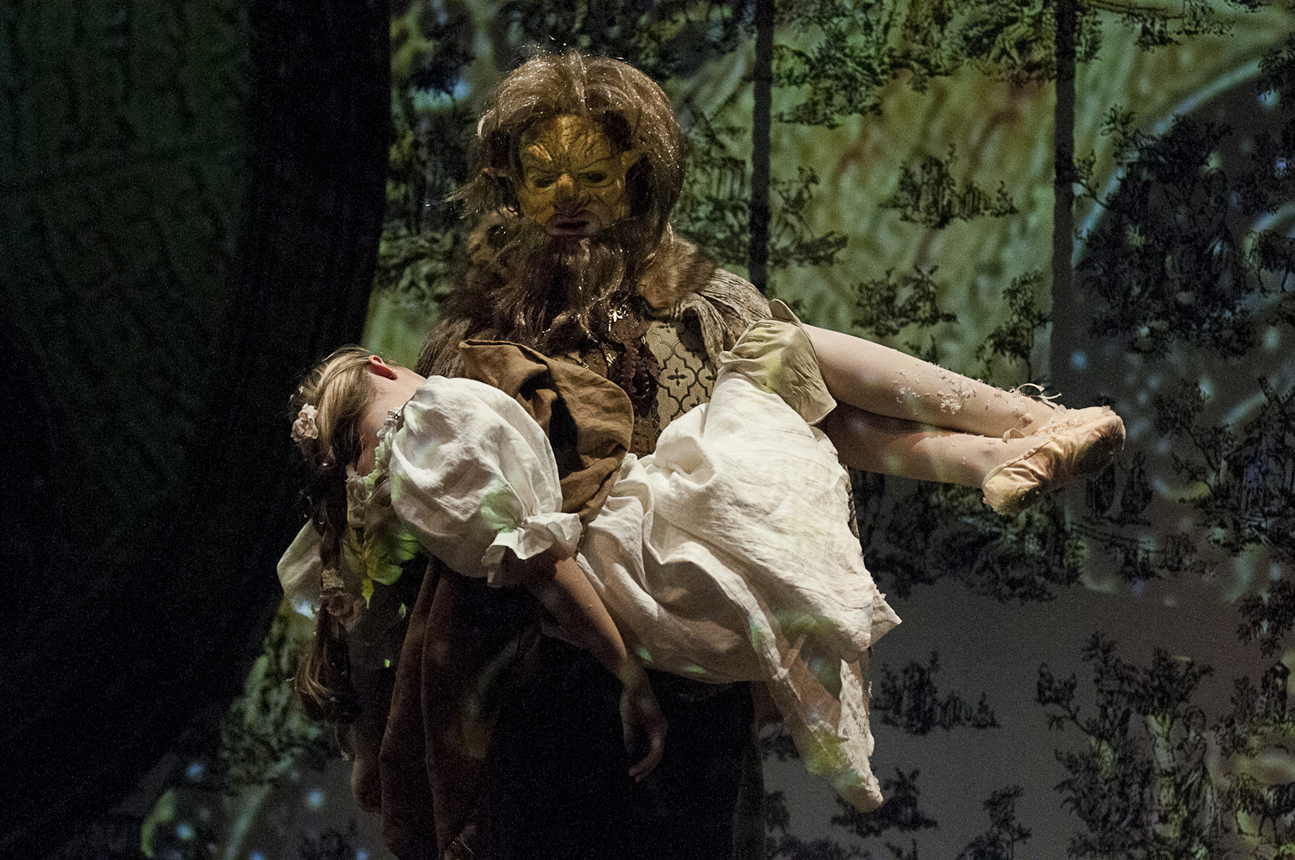 A scene from <em>Beauty and the Beast </em> with Collin Purcell '17 as the Beast and Catherine Daigle '17 as Beauty.