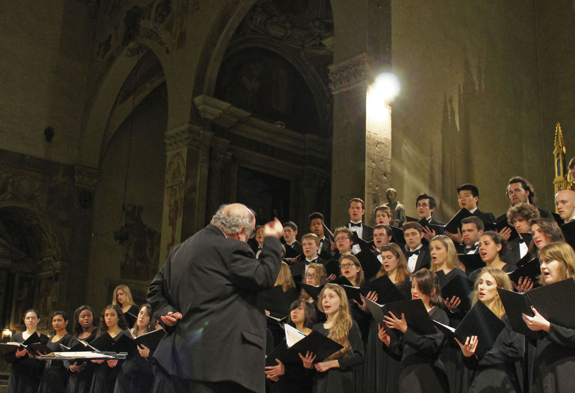 The choir performing in The Basilica Santa Trinita in Florence.