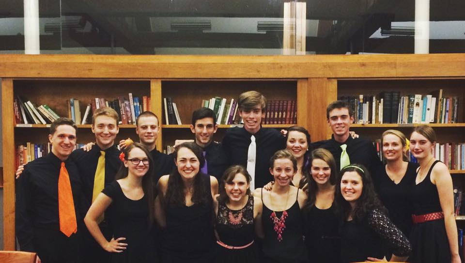Members of the 2014-15 Duelly Noted a capella group.