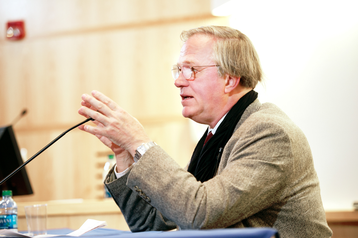 Yale's Robert Storr addresses the audience in a lecture launching Fallcoming/Family Weekend.