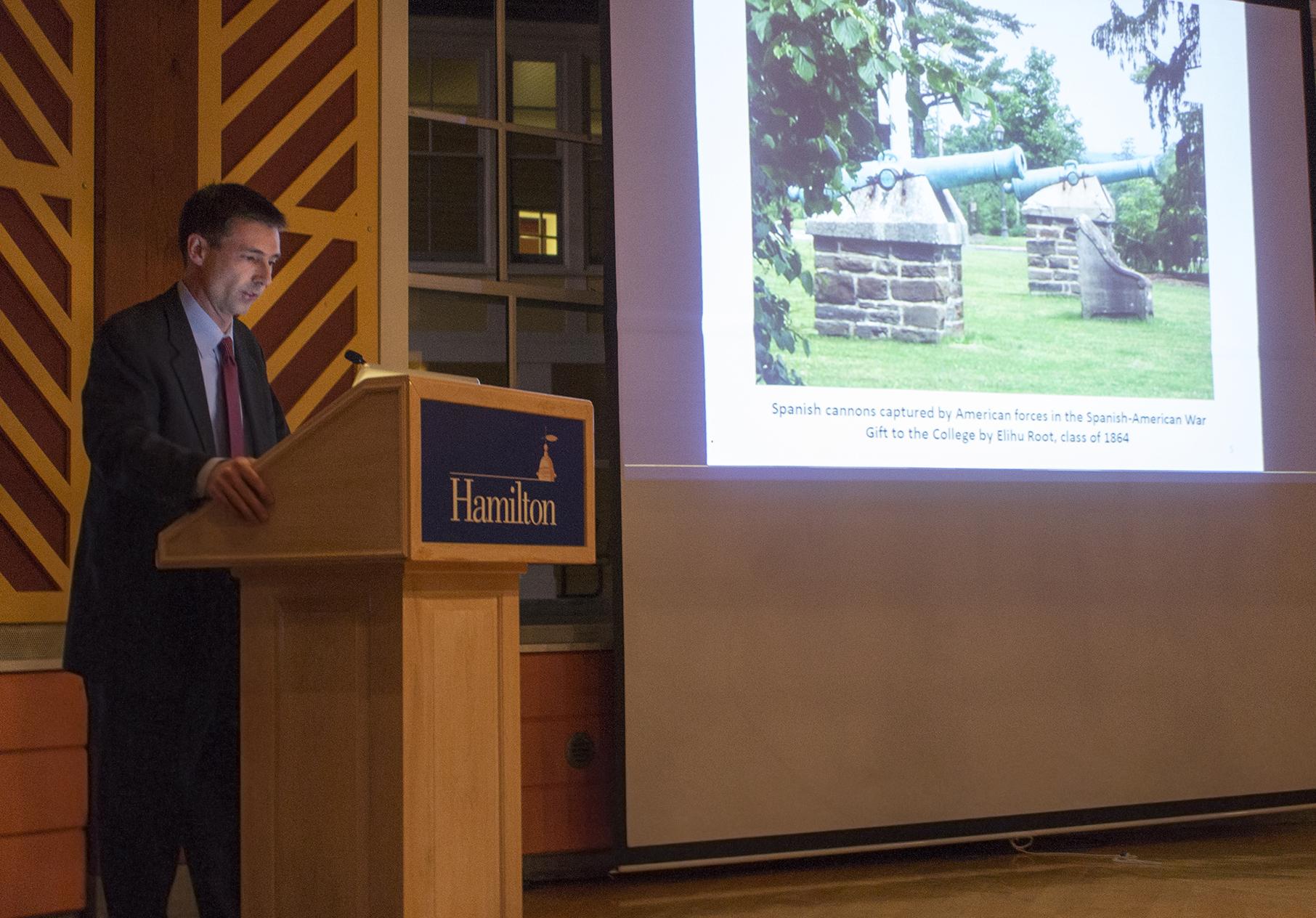 Lt. Colonel Eric Hannis '90 delivers a Veteran's Day talk in the Fillius Events Barn.