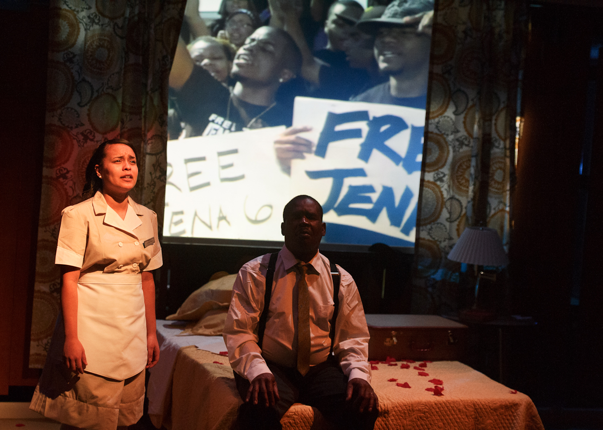 Kiana Sosa '15 and Associate Professor of Theatre Mark Cryer will reprise their roles in <em>The Mountainop</em> at the Edinburgh Festival Fringe.
