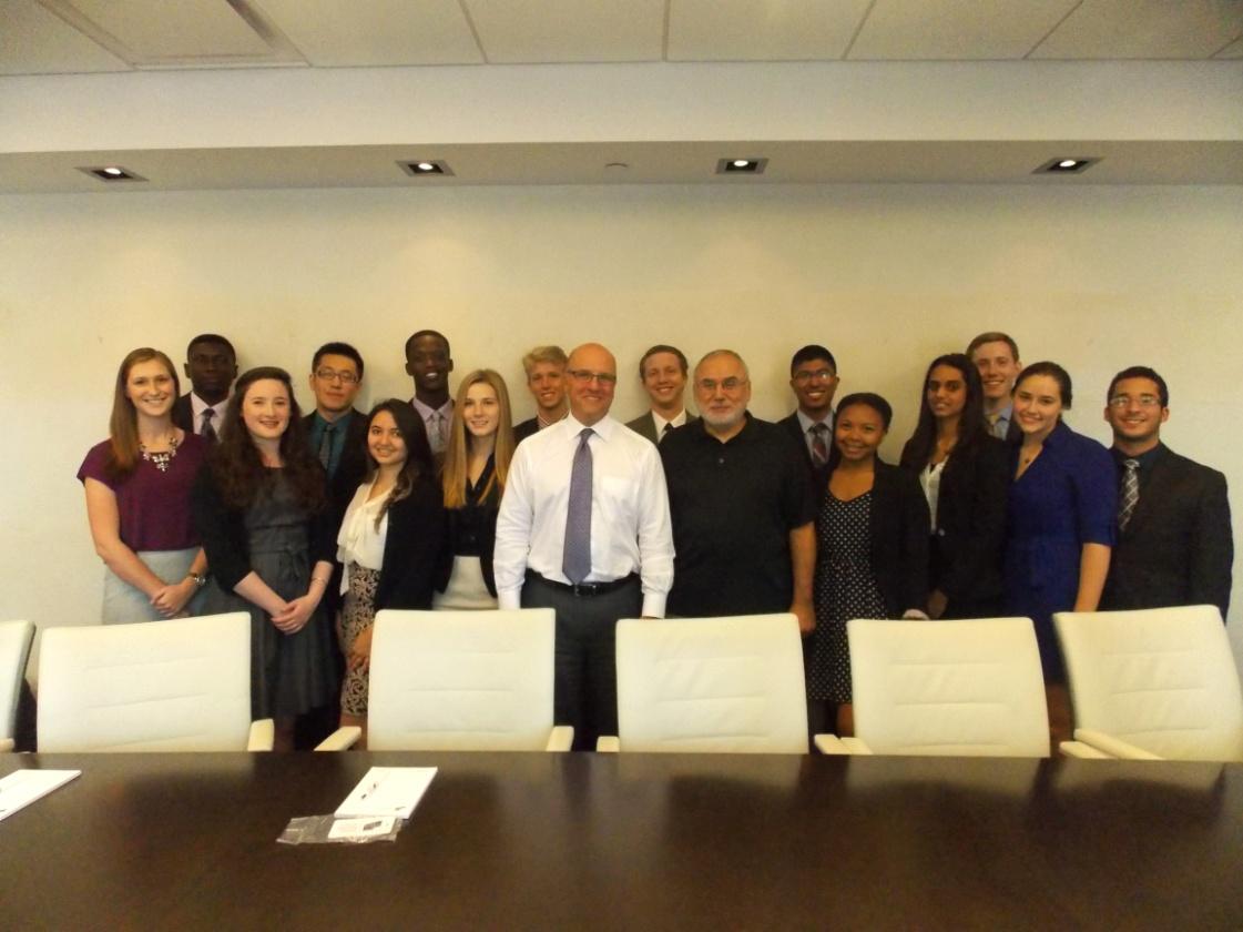 Rich Bernstein '80 with Hamilton Program in New York students and Professor Erol Balkan.