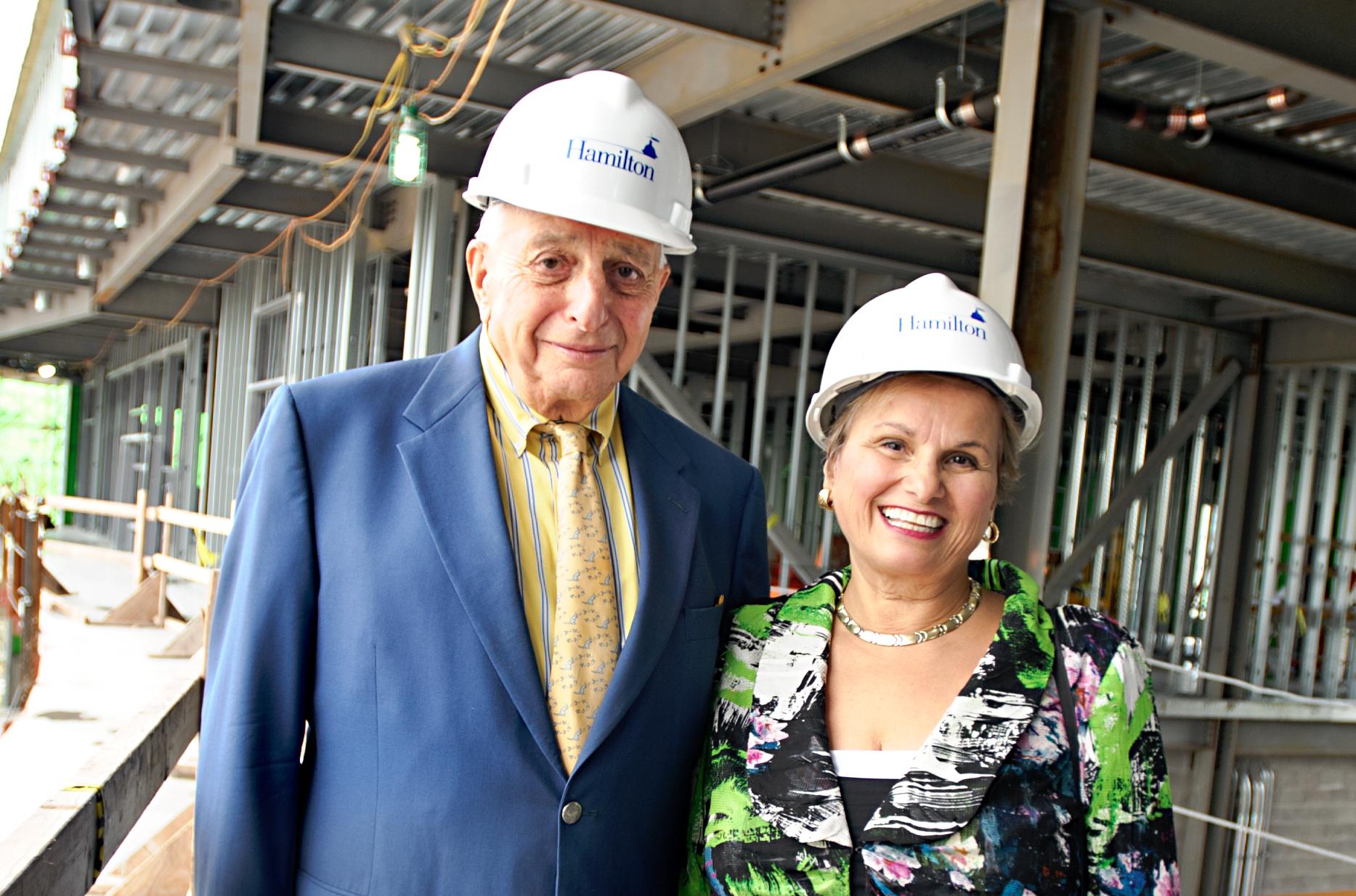 Gene '49 and Loretta Romano