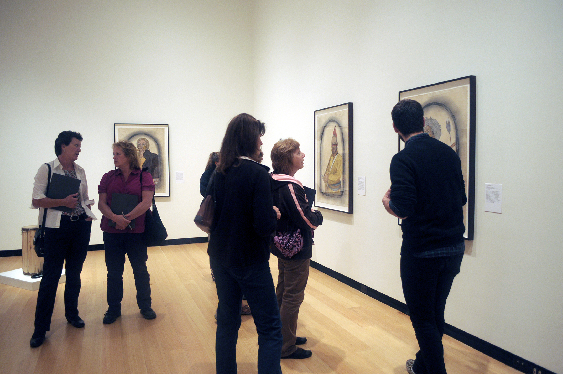 Teddy Altman '15 leads a Wellin Museum tour for local teachers.
