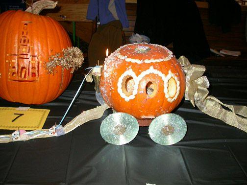 Cinderellas Coach Wins Employee Pumpkin Carving Contest News